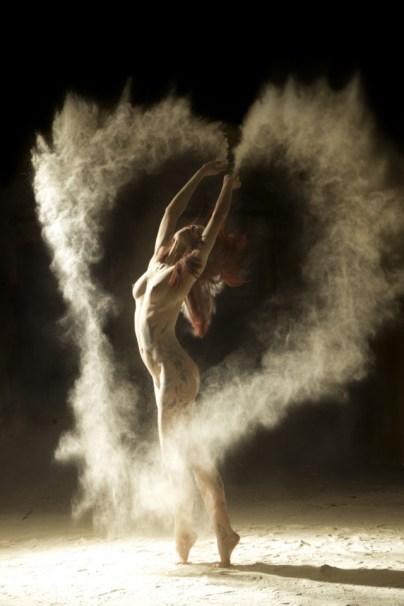 dancers 2 640x960
