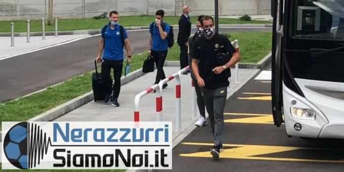 nerazzurrisiamonoi-diego-godin-bus...