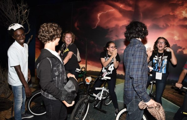 Nerdeek Life DS1_1196 The Stranger Things Cast Made Fans' Day at The Netflix Experience Conventions