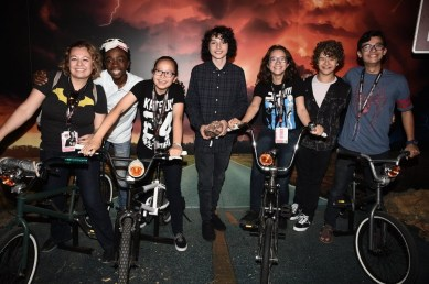 Nerdeek Life DS1_1204 The Stranger Things Cast Made Fans' Day at The Netflix Experience Conventions