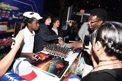 Nerdeek Life DS1_1245 The Stranger Things Cast Made Fans' Day at The Netflix Experience Conventions