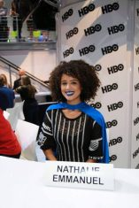 """Nerdeek Life Game-of-Thrones-SDCC-2017-Signing-16 Game of Thrones: """"Let's finish with a high kicking number!"""" Conventions"""