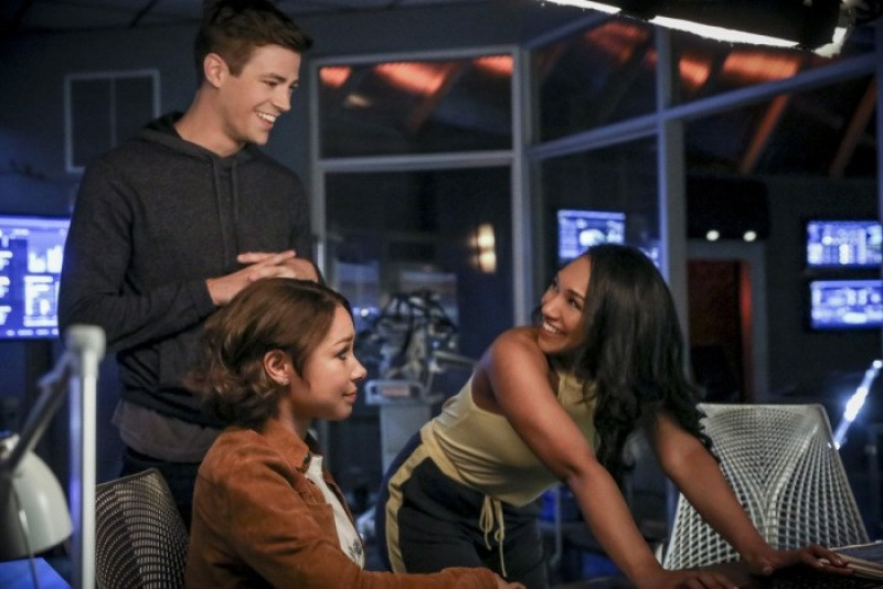 Nerdeek Life the-flash-season-5-photos-9 The Flash's 'Blocked' Proved Who We Are Always Rooting For Nerdeek Life Roundtables