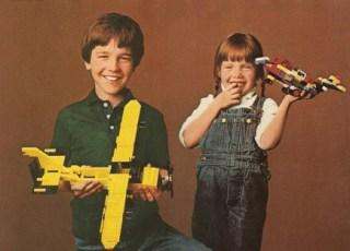 lego-boy-girl-450x312