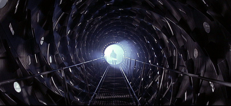 13-Event-Horizon