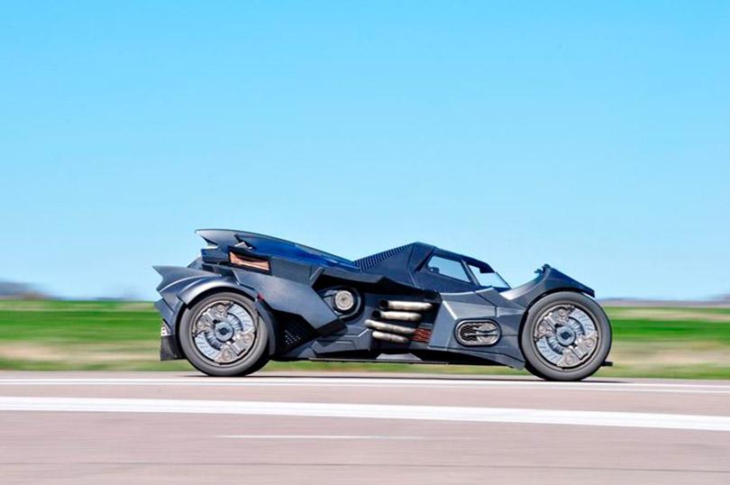 Uma Lamborghini Batmóvel