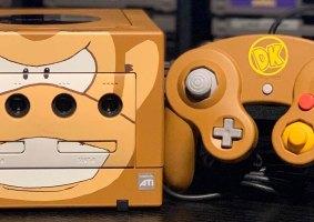 GameCubes customizados com personagens da Nintendo
