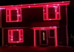 Iluminação de Natal toca a música tema de The Mandalorian