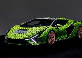Lamborghini de LEGO em tamanho real é feita com 400 mil peças