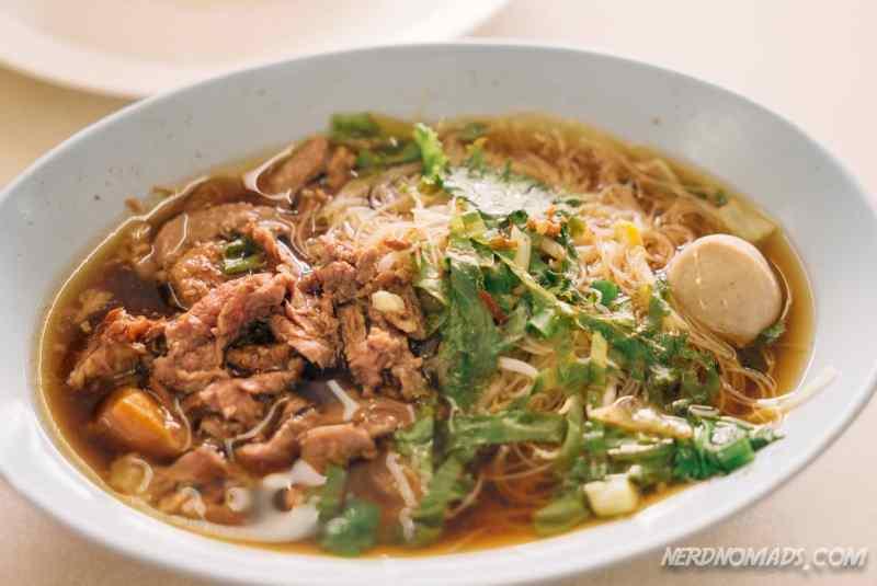 Beef Noodle Soup Rot Dee Det Restaurant