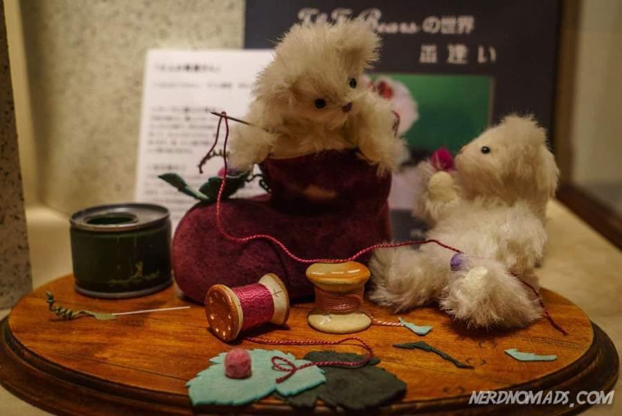 Sewing teddies