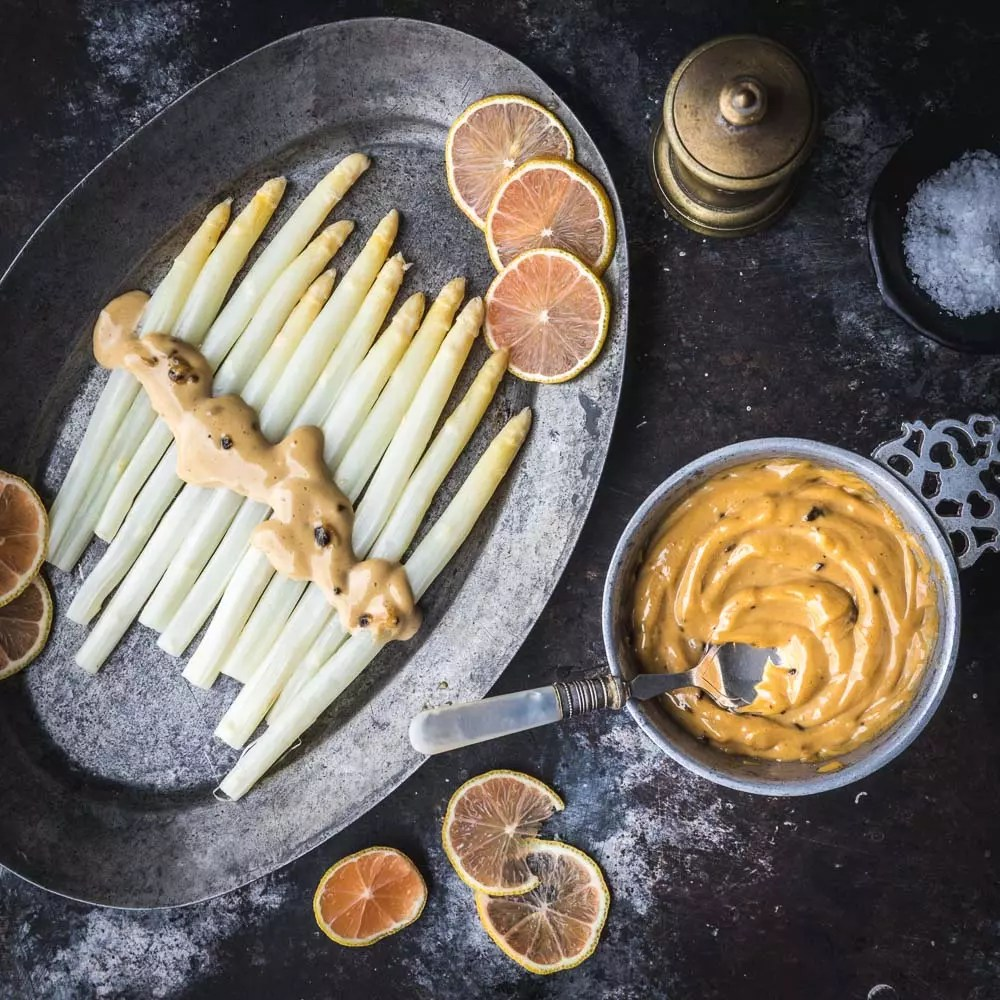 White Asparagus with Black Garlic Aioli