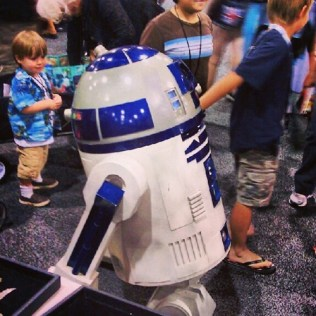 R2-D2 with followers