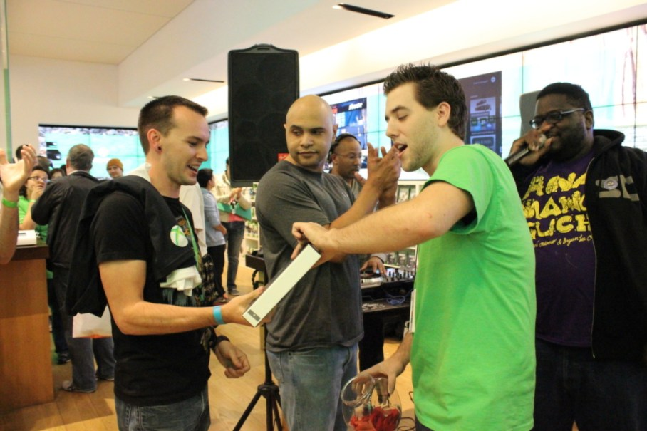 A lucky gamer netted himself a free Surface Tablet as a raffle prize.