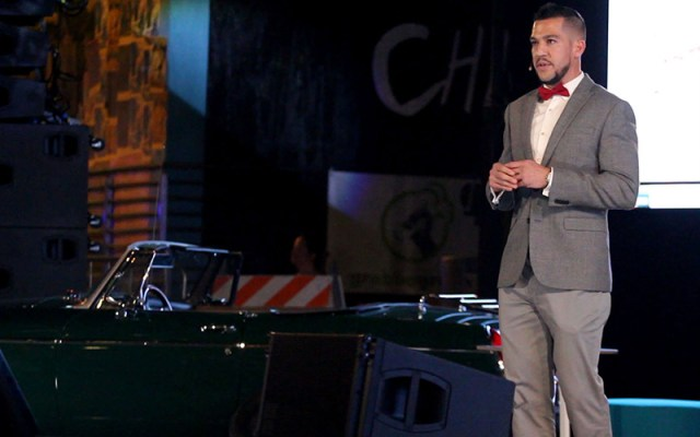 Eric Diaz, chief financial officer at OYE! Business Intelligence, spoke about his startup at PHX Startup Week's Street Pitch competition. His company won a $50,000 investment. (Photo by Megan Bridgeman/Cronkite News)