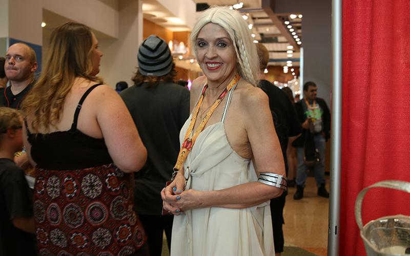 Dawn Nixon poses in her Daenerys Targaryen cosplay at Phoenix Comicon. (Photo by Devin Conley/Cronkite News)
