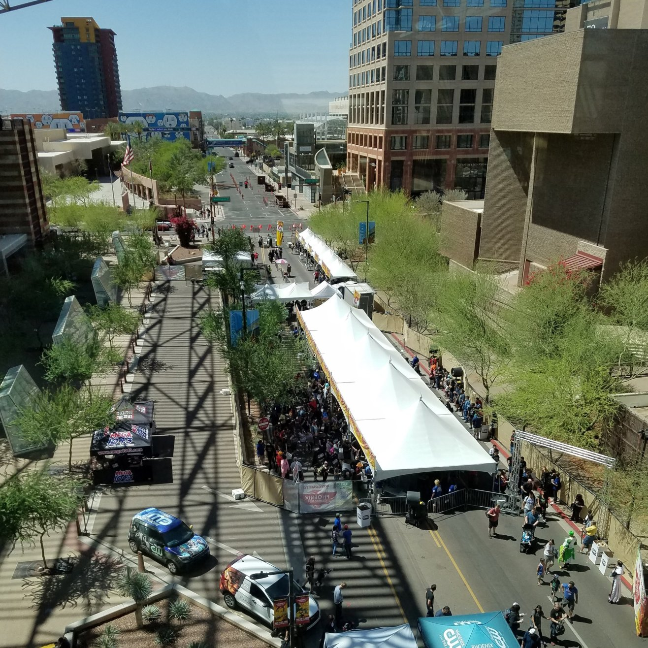It was situation normal Sunday morning (mostly) at Phoenix Comic Fest after Saturday night's Phoenix Convention Center evacuation.