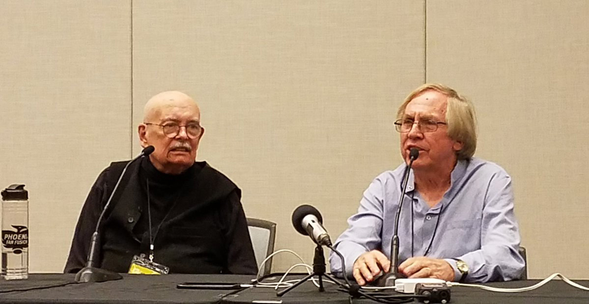 Comic book legends Denny O'Neil and Roy Thomas at Phoenix Fan Fusion