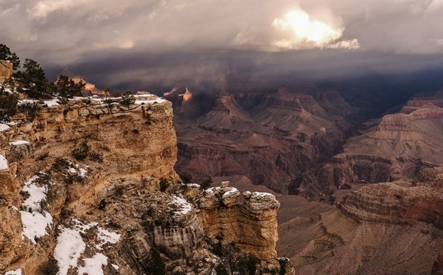 Arizona has hundreds of quakes and tremors each year, many of them near the Grand Canyon, but most are imperceptible to humans. (Photo by Chloe Jones/ Cronkite News)