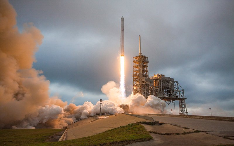 This fall, SpaceX will launch the Dragon spacecraft with the first all-civilian crew on board. Sian Proctor, a science communicator from Phoenix, will pilot the multiday mission, which will orbit Earth every 90 minutes. (Photo courtesy of SpaceX)