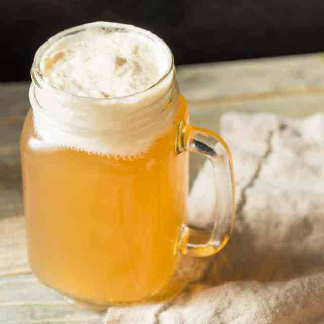How to Make Butterbeer (Vegan & Non-Alcoholic) - Nerdy Mamma