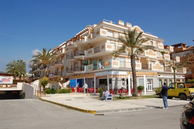 Nerja apartment near beach with 2 bedrooms pool and terrace