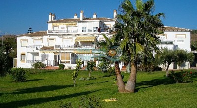Torrox Park apartment ground floor 1 bedroom glazed terrace