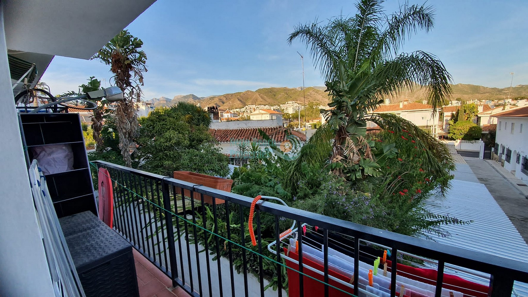 Spacious Nerja semi-detached house first floor with 3 bedrooms near beach