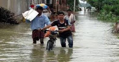 असम – बाढ़ व भू-स्खलन से 13,000 प्रभावित