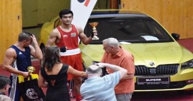 असम के मुक्केबाज शिव थापा ने जीता स्वर्ण पदक