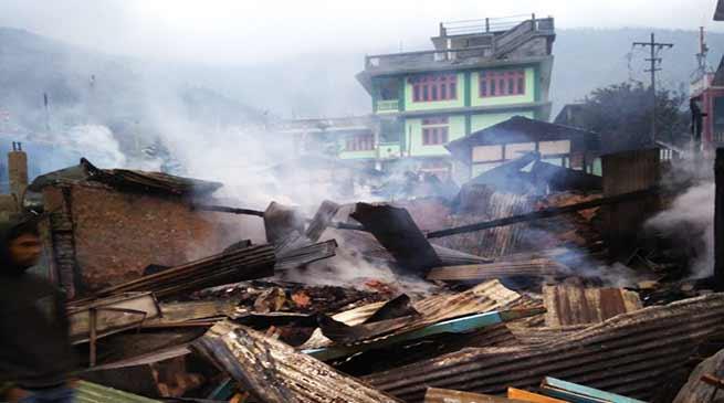 अरुणाचल: दिरांग में भीषण आग, 50 घर स्वाहा
