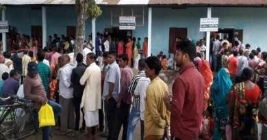 लोक सभा चुनाव के दुसरे चरण के लिए 12 राज्यों में 95 सीटों के लिए मतदान जारी