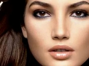 макияж для глубоко посаженных карих глаз