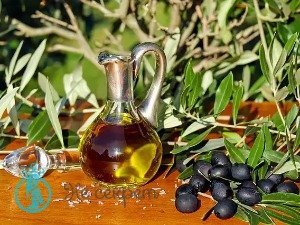 Использование оливкового масла для массажа лица