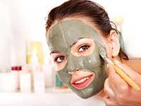 Как делать лифтинг-маски для лица на дому