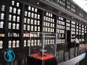 Использование аптечных мазей в борьбе с морщинами в зоне век