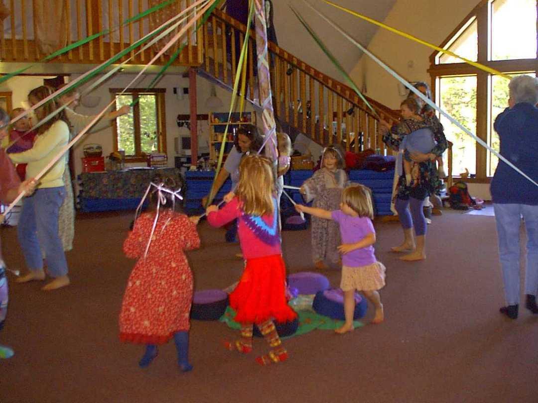 maypole-dancers-observations