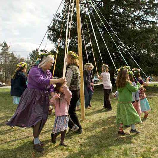 maypole-dancers-observations