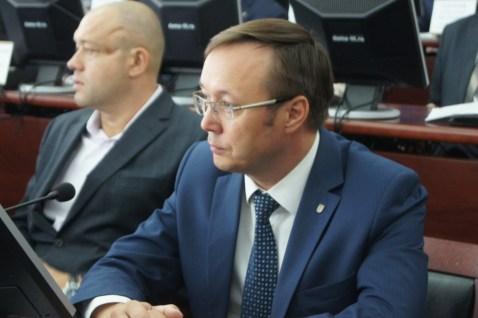 Дмитрий Микель подает в суд на «Хронограф»?