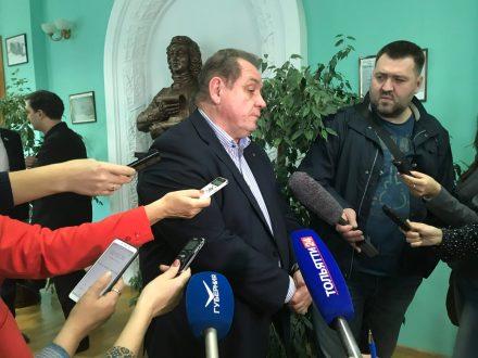 Поверил на слово: Глава Тольятти ответил на вопросы о приватизации МП Рынок «Кунеевский»