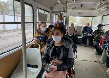 В общественном транспорте Самары продолжают штрафовать за несоблюдение масочного режима
