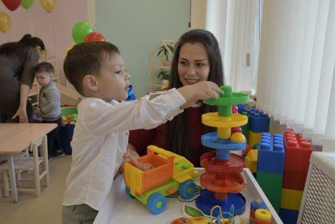 В Самаре распределят свободные места в детские сады
