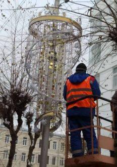 К 15 декабря в Самаре должны завершиться работы по украшению города