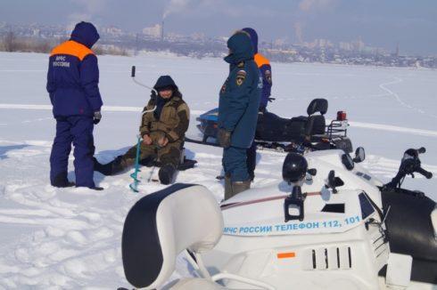 Инспекторы ГИМС в Самаре провели традиционный патруль по местам рыбной ловли