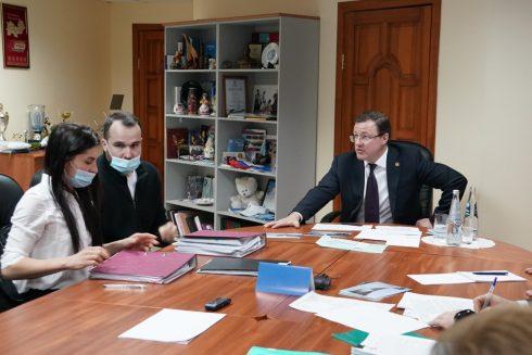 Губернатор Самарской области провёл личный прием граждан в Тольятти