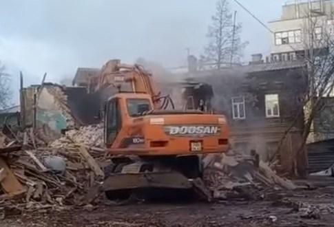 В центре Самары снесли часть исторического здания 19 века