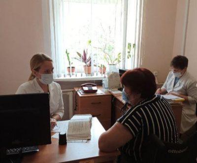 В Кошкинском районе Самарской области провели прием выездной бригады врачей
