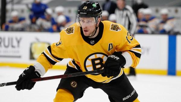 Bruins' Charlie Coyle Proposes To Girlfriend Danielle Hoop On Nantucket