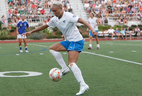 Breakers striker Kyah Simon scored for the 11th time in Friday' 3-1 win over the Chesapeake Charge. (Photo: Chris Aduama/aduama.com)