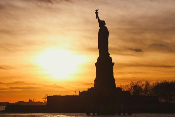 Keep on rocking in the free world - the-statue-of-liberty - nessymon